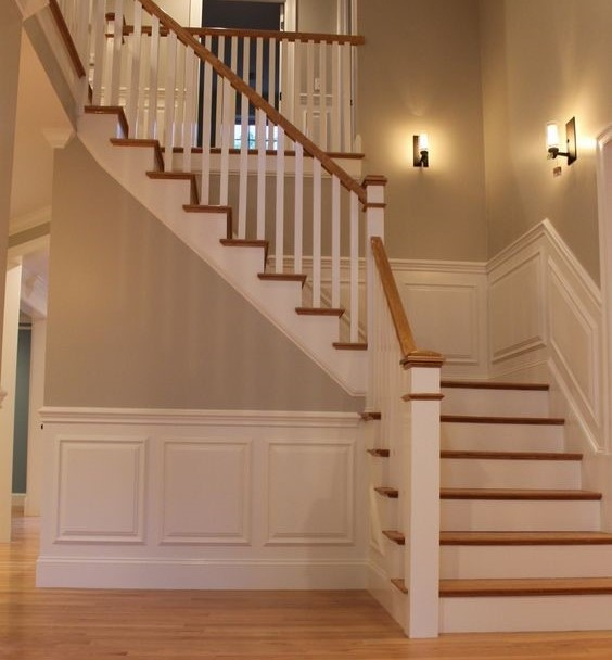 Decorate A Staircase Lyns Furniture. Classic