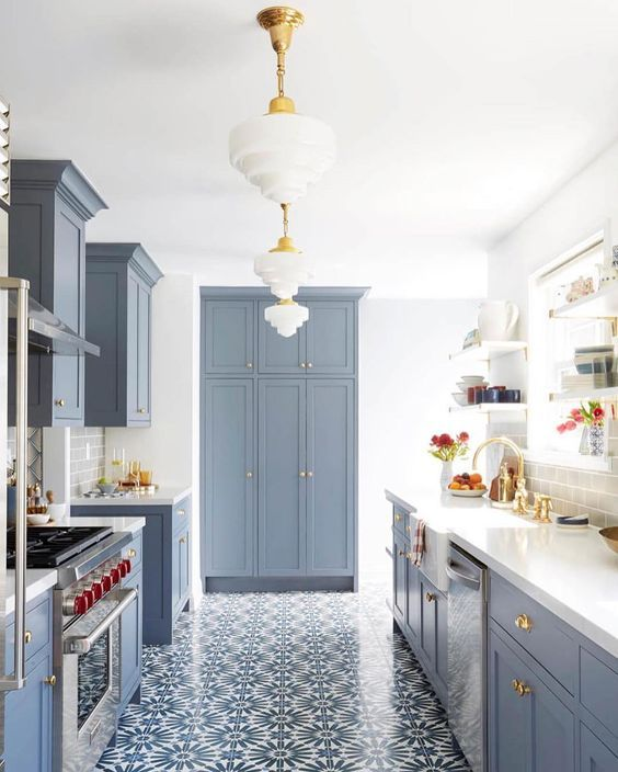 5 ideas for decorating blue and white kitchens -
