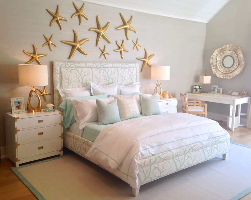 Bedroom decoration tips.